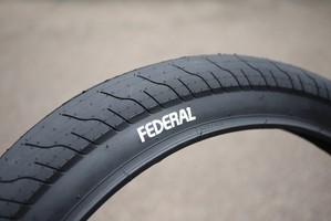 FEDERAL BIKES COMMAND LP TIRE