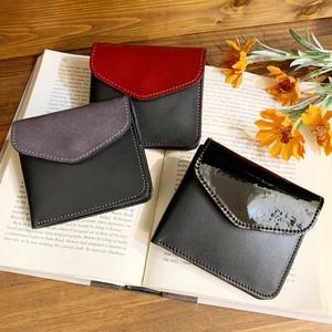 【牛床革】エナメル2つ折り財布〈4色展開〉 レザーウォレット 牛革 エナメル財布 折り畳み財布 2つ折り財布 オールレザー サスティナブル M0082