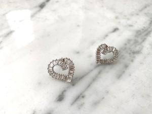 Heart taperd pierce
