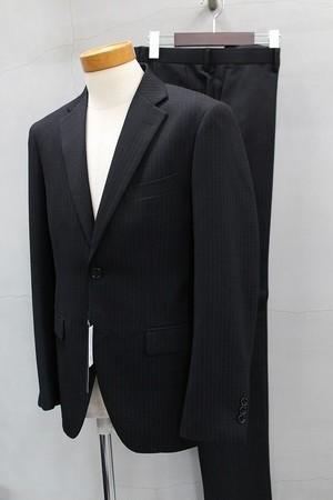 TETE HOMME シングル2ツボタンドビー柄スーツ ブラック
