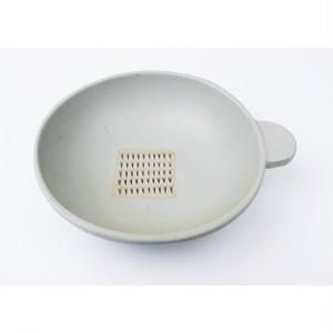 おろし付き小鉢「パン丸」白