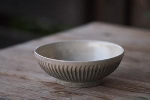 余宮隆 白濁釉鎬6寸鉢