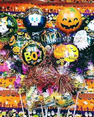 ハロウィンスティックバルーンお菓子付