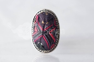 ミャオ族の刺繍と銀細工のミャオシルバーリング