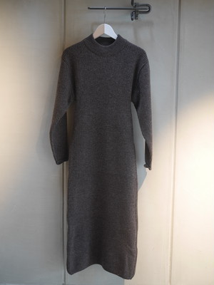 JANE SMITH / BACK OPEN KNIT ONEPIECE (BROWN)