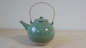 江戸元禄期 大堀相馬焼 隠元型土瓶(青磁釉薬)