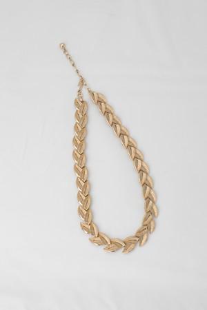【Run Rabbit Run Vintage 】TRIFARI gold color necklace