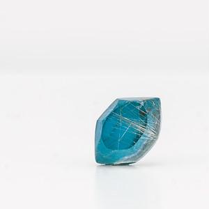 Turquoise earring / Single