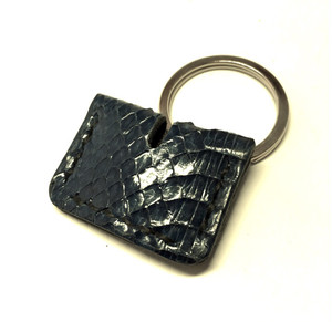 """Leather KeyCover(Snake B)""【Eighteen Leather(エイティーン・レザー)】)"