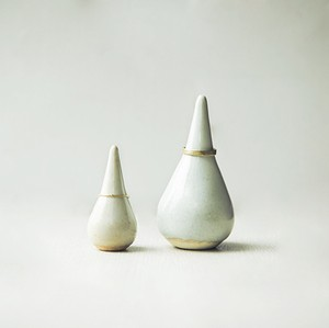 滴型のリングホルダーL&S 2個セット 陶器