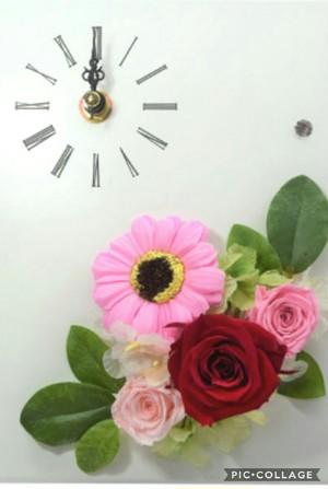 時計付プリザーブドフラワー 恋に効くピンク
