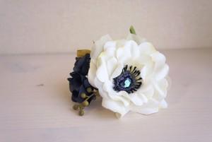 花標本コウシンバラのコサージュ