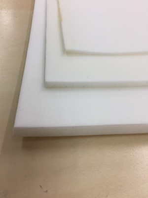 リュックの肩のクッション材 ポリエチレンフォーム 3mm厚 白 50cmx1m