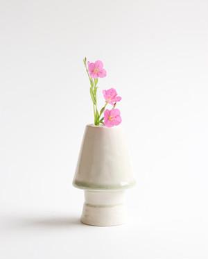 ライトなフラワーベース 花瓶