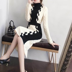 Tight monotone knitted dress69