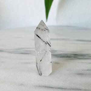ブラックトルマリンインクオーツポイント Black Tourmaline in quartz