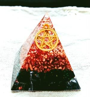 黒水晶ピラミッドオルゴナイト