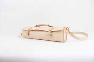 JAPAN LANSUI DESIGN 名入れ対応 ヌメ革手作り手縫い フルートのケース 品番532RR33GF3434