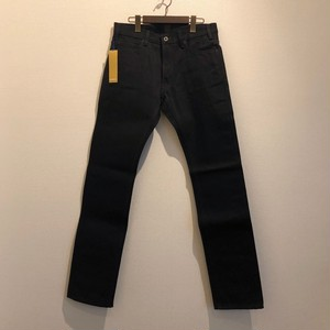 TIGHT STRAIGHT DENIM PANTS / RIGID (BLACK × BLACK) / GERUGA