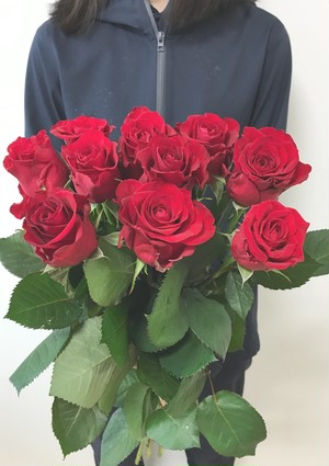★送料無料 ブライダルキャンセル支援! 国産高級 赤バラ 品種はこちらにお任せ 60㎝以上 30本! 【ロスフラワー救済!】