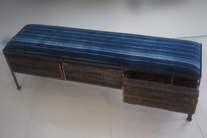 品番UAI3-124 3drawer ottoman[narrow/African indigo batik tribal]