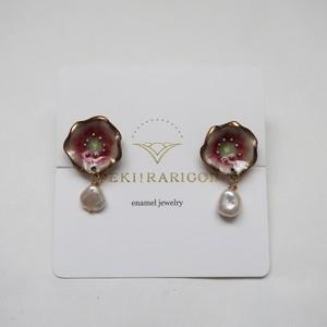 PEKI!RARIGON Flower pearl earrings Hellebores