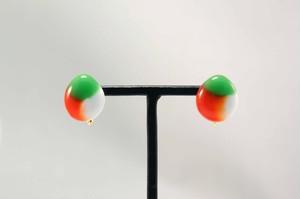 3色ガラスのイヤリング