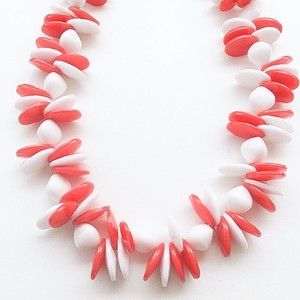 red & white necklace[n-111]