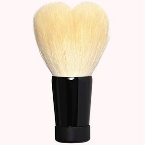 ハート型洗顔ブラシ 大 ホワイト/黒軸
