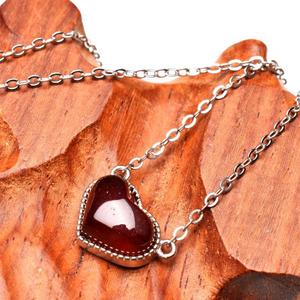 【1月誕生石:真理を照らす真紅】希少天然石 オレンジガーネット ハート型ネックレス(8x11mm)