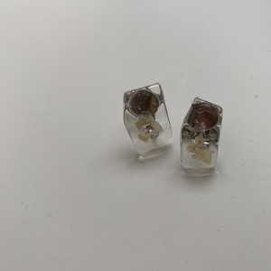 clear cabochon ★earring