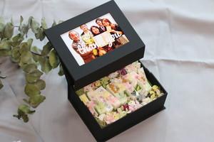 セミオーダー⋆家族のお祝いに贈る⋆写真付き⋆アロマフラワーボックス⋆還暦 古希 喜寿 傘寿 米寿 お誕生日 結婚祝お返し