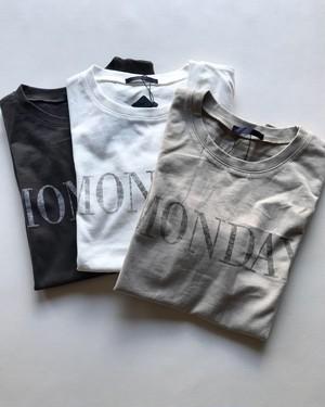 ″MONDAY″Tシャツ