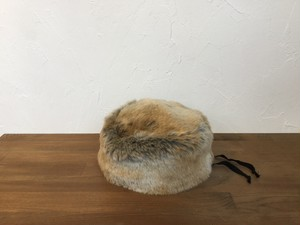 """COMES AND GOES """" FUR CAP 2"""" Camel"""