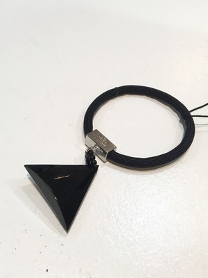 triangle gom  black / Joelle Gagnard