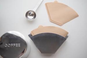 CINQ / Coffee filter holder