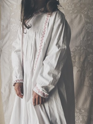 Franch Antique Embroidered Shirt