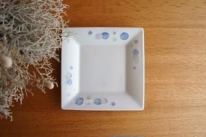 砥部焼/水玉角皿(中)/青/大西陶芸