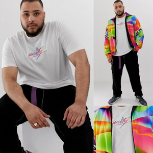 ビッグサイズ【ASOS DESIGN x glaad&】リラックスフィット 刺繍Tシャツ ホワイト