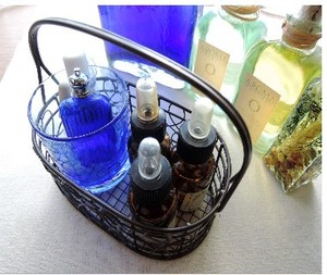 オンラインレッスンあなたにぴったりの香りのスプレーをお届けします。オンラインアロマカウンセリング
