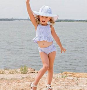Kid's stripe separate swim wear
