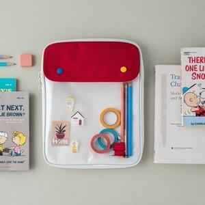 【韓国限定】peanuts snoopy pocket ipad pouch 2colors / ピーナツ スヌーピー タブレット アイパッド ポーチ 持ち手付き ケース 公式 韓国雑貨