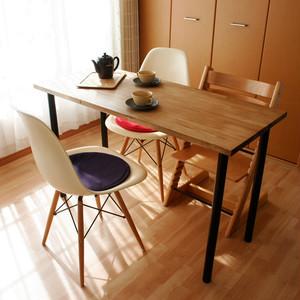 ヴィンテージカラーの作業テーブル:幅120cm×奥行50cm×高さ73cm