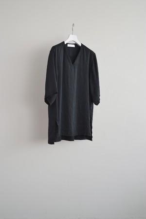 ETHOSENS vneck silk pullover