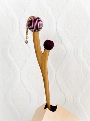 枝に実りのかんざし(二つ実り) -紫-