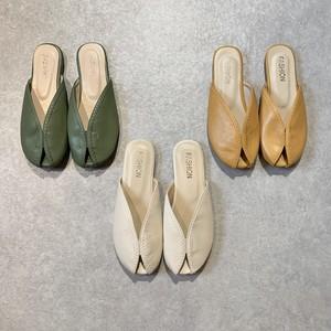 ぺたんこサンダル sandal