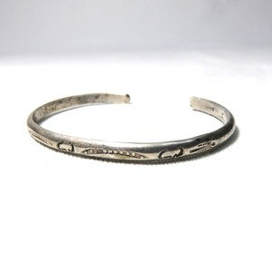 "OLD INDIAN STERLING SILVER BANGLE ""NAVAJO"" (B-6)"
