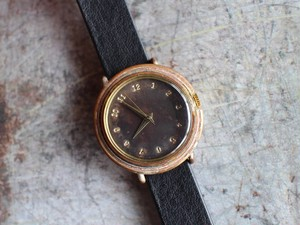 M.T 黒文字盤刻印時計