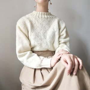 Mock neck knit pullover