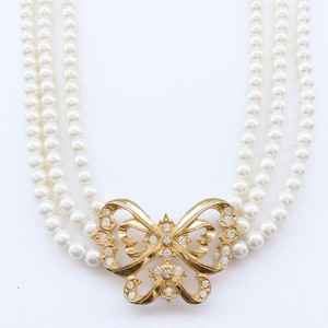 """AVON"" Parisian Butterfly necklace[n-128]"